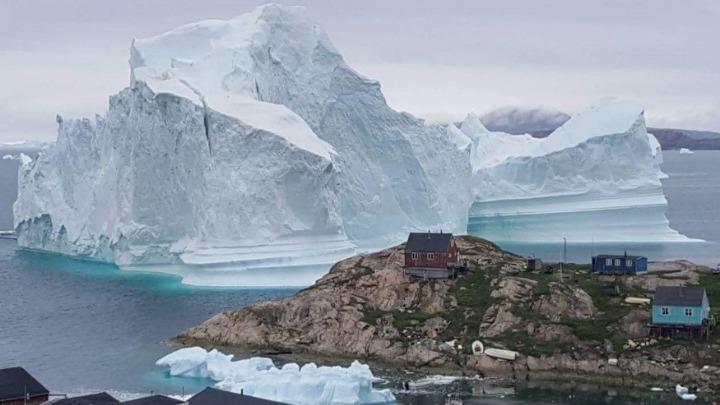Ανησυχητικό: Η τήξη των πάγων της Γροιλανδίας θα είναι σύντομα μη αναστρέψιμη