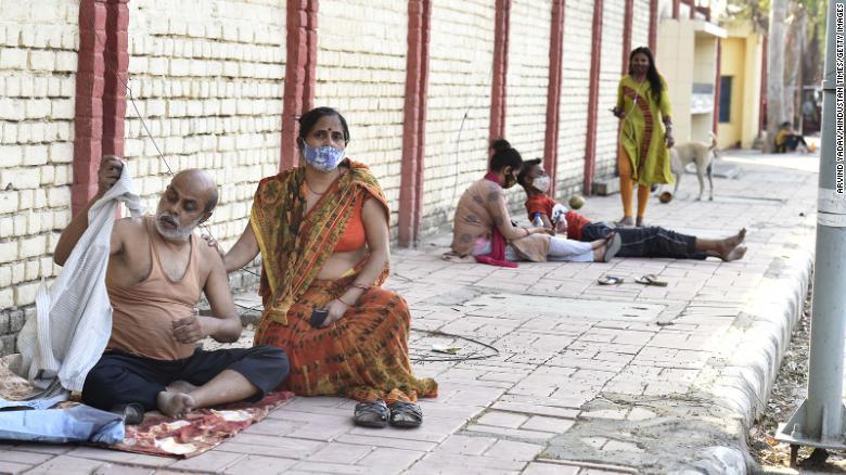Παγκόσμιος φόβος από την ινδική παραλλαγή: Άγνωστος ο αριθμός των κρουσμάτων