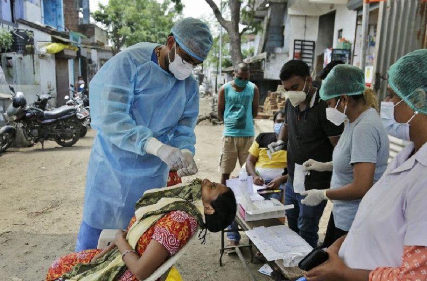 Ινδία: Σχεδόν 1.000 γιατροί και νοσηλευτές έχουν πεθάνει από την covid-19