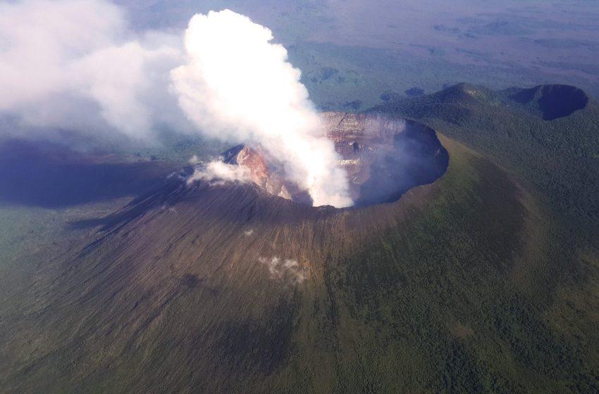 «Εσφαλμένος συναγερμός» για την έκρηξη ενός μικρού ηφαιστείου κοντά στο Νιραγκόνγκο στο Κονγκό