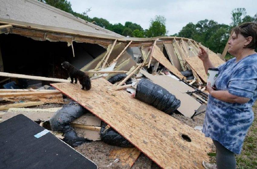 ΗΠΑ: Ανεμοστρόβιλοι σάρωσαν το Μισισίπι-Μεγάλες καταστροφές