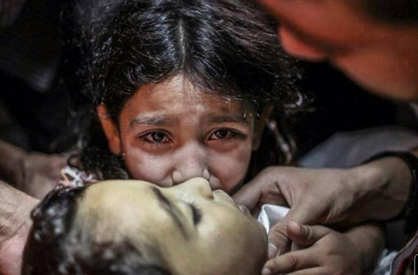 """Κόβουν την ανάσα οι εικόνες από την """"Μαύρη Δευτέρα"""" σε Γάζα και Ιερουσαλήμ"""