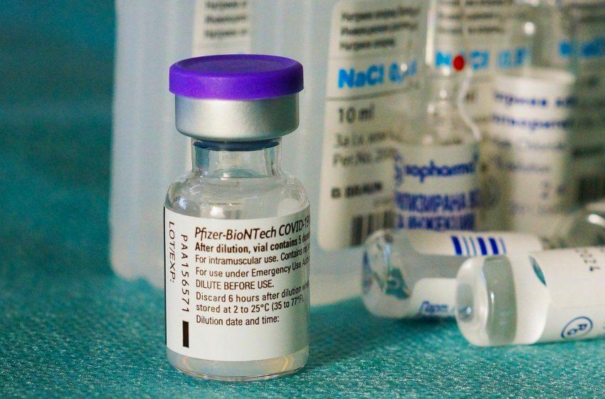 Αποτελεσματικός ο εμβολιασμός με Pfizer μετά την 1η δόση AstraZeneca