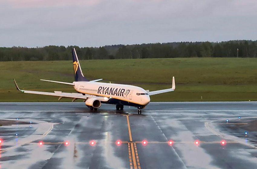 Κρεμλίνο υπέρ Λευκορωσίας για την αναγκαστική προσγείωση του αεροσκάφους