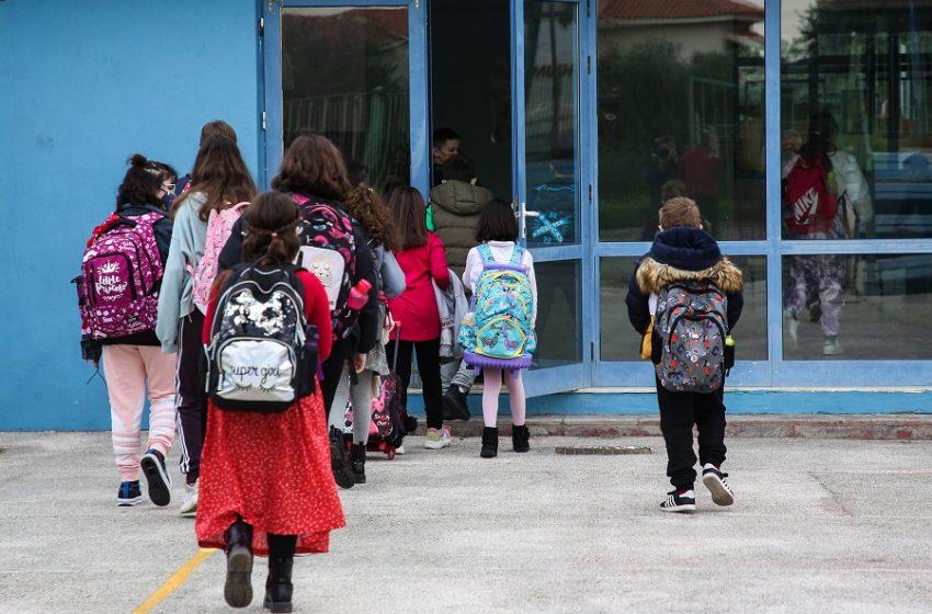 Σχολείο χωρίς… self test; Δηλώθηκαν περίπου 255.000 επί συνόλου πλέον του εκατομμυρίου – Δεν πρόλαβαν να το προμηθευτούν