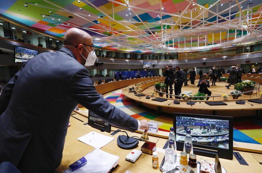 """ΕΕ: """"Κλείνει"""" τον εναέριο χώρο για την Λευκορωσία – Αναλυτικά οι κυρώσεις"""