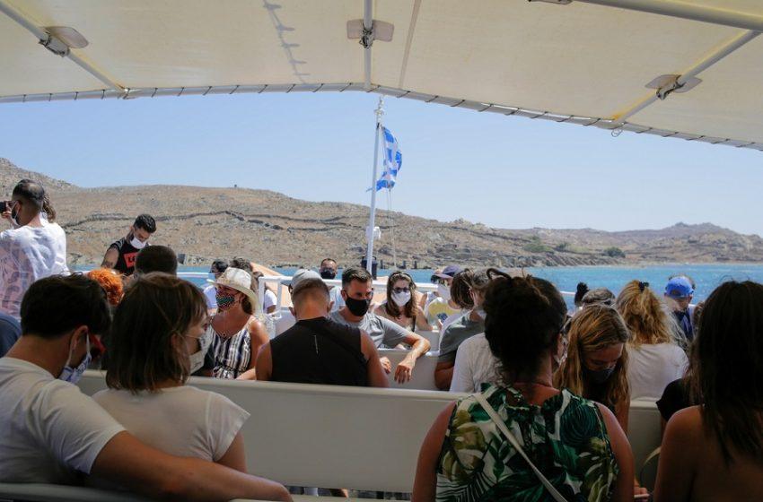"""Το άνοιγμα του τουρισμού στο μικροσκόπιο – """"Ανοχύρωτα"""" τα 2/3 των νησιών- Τέλος Ιουνίου η πλήρης κάλυψη (vid)"""