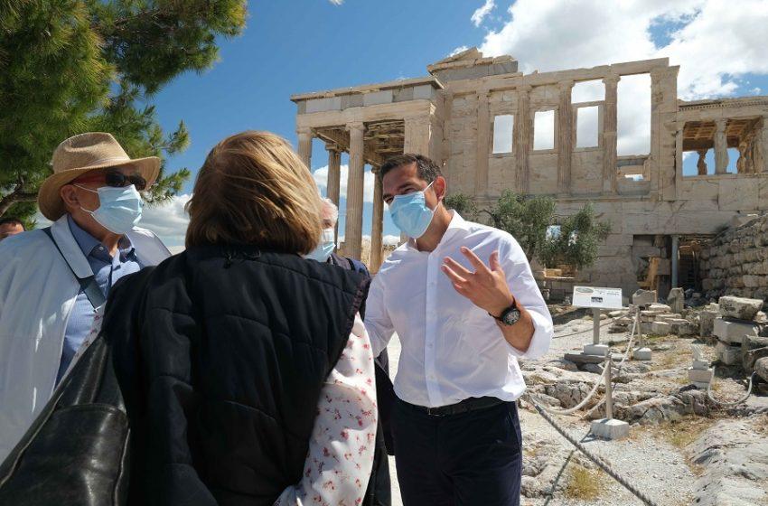 Ακρόπολη: Απρόοπτη συνάντηση Τσίπρα-Μενδώνη-Τι ζήτησε από την υπουργό ο πρόεδρος του ΣΥΡΙΖΑ