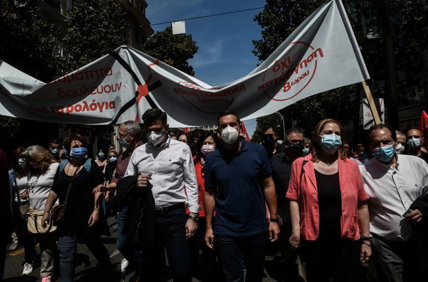 Πρώτη αποτίμηση για την επιστροφή του ΣΥΡΙΖΑ ΠΣ στην κοινωνία – Η εικόνα δεξιά και αριστερά του Τσίπρα που προκάλεσε συζητήσεις