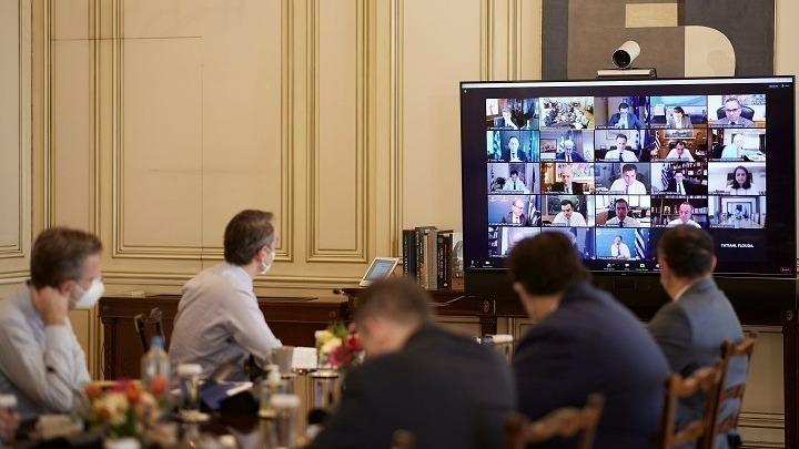 Αρχισε μέσω τηλεδιάσκεψης το Υπουργικό Συμβούλιο