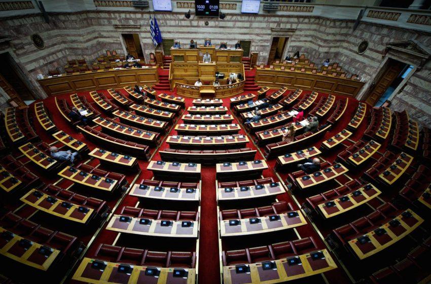 Κοροναϊός: Εγκρίθηκε το νομοσχέδιο για το ψηφιακό πιστοποιητικό – Οι θέσεις των κομμάτων