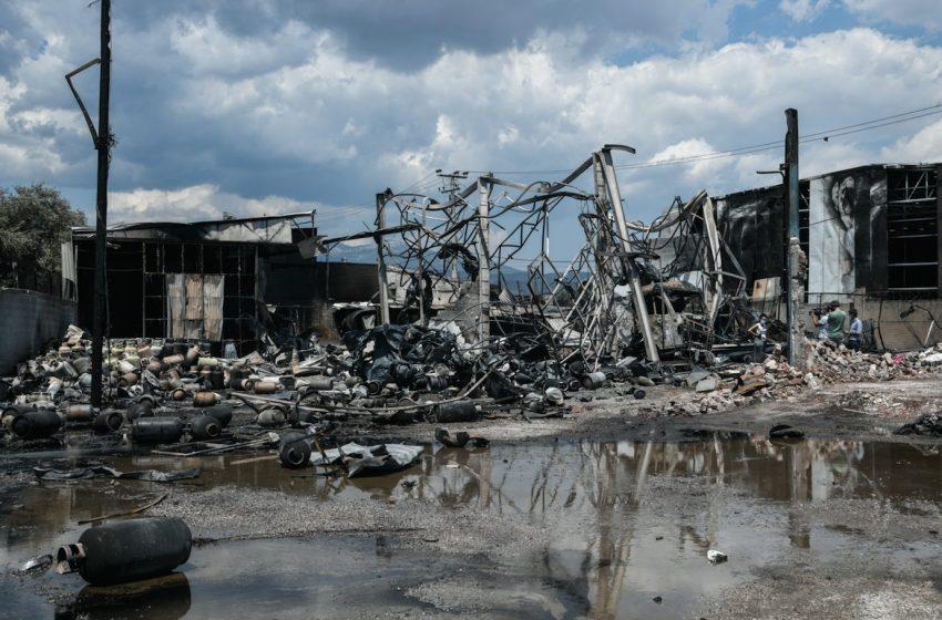 Καμένη γη από την έκρηξη στον Ασπρόπυργο – Απίστευτες οι εικόνες