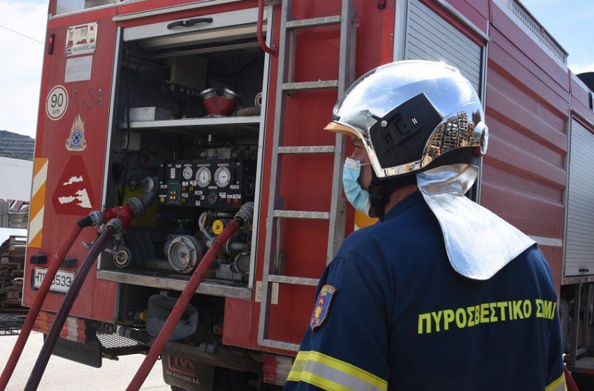 Αυτοκίνητο συγκρούστηκε με πυροσβεστικό όχημα στο Ζευγολατιό Μεσσηνίας – Νεκρός ο 56χρονος οδηγός