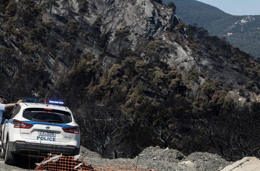 Νεκρός απεγκλωβίστηκε άνδρας έπειτα από πτώση του οχήματός του σε γκρεμό, στη Φυλή