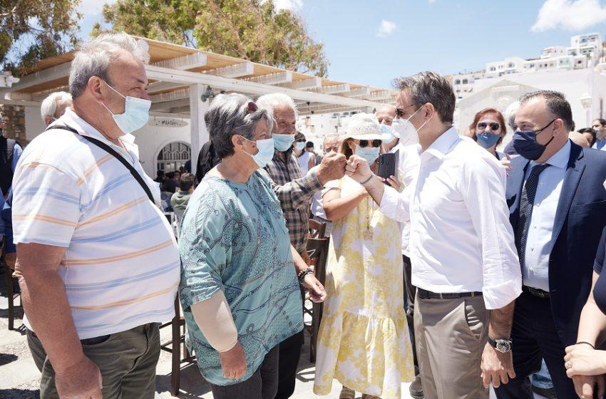 Μείωση του ΦΠΑ προανήγγειλε ο Μητσοτάκης από την Αστυπάλαια
