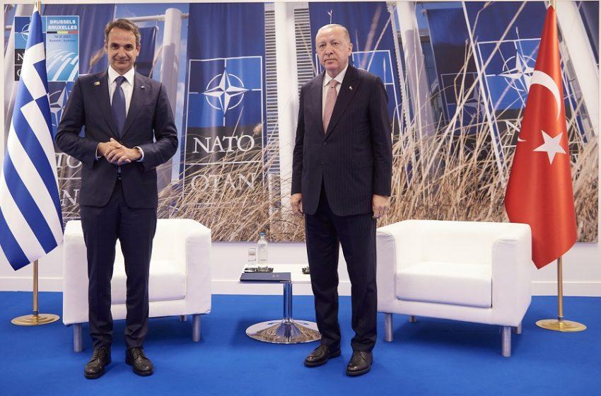 """Συνάντηση Μητσοτάκη-Ερντογάν- Συμφωνία για """"καλοκαιρινό μορατόριουμ""""- Ρεπορτάζ από τις Βρυξέλλες"""