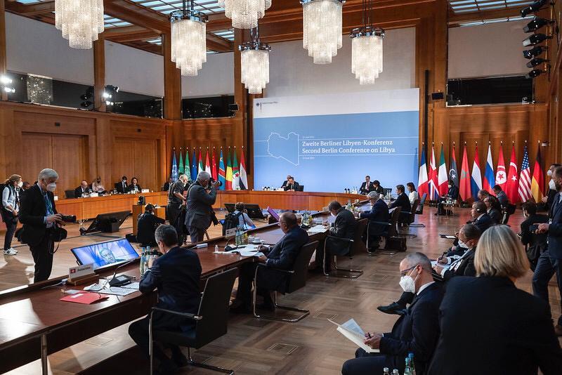 Διάσκεψη Λιβύη: Πώς η προσπάθεια της Τουρκίας έπεσε στο κενό – Η αντίφαση εκλογών και απόσυρση ξένων δυνάμεων