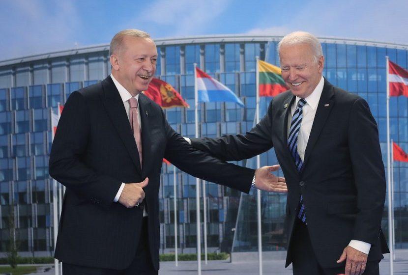 """Συνάντηση Μπάιντεν – Ερντογάν: """"Καλή και εποικοδομητική"""" λέει ο αμερικανός Πρόεδρος"""