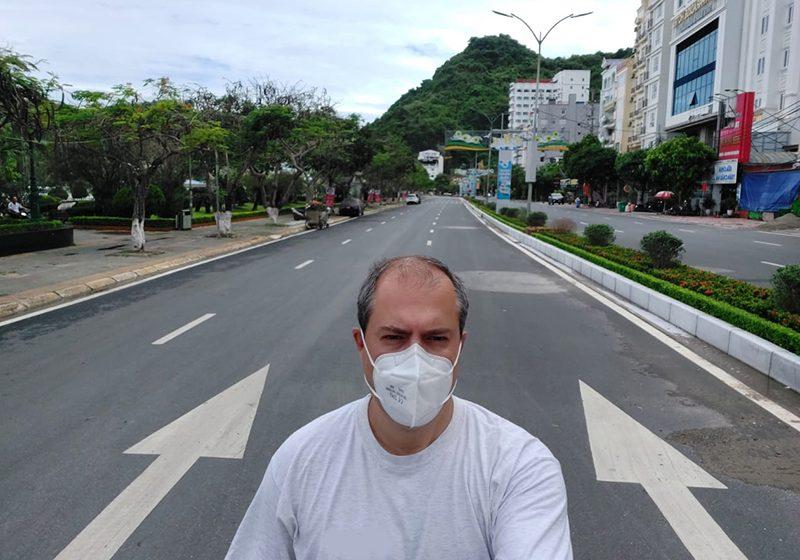Π.Καραμερτζάνης: Ο Έλληνας που έζησε το απόλυτο lockdown του Βιετνάμ- Επί 21 μέρες σε δωμάτιο ξενοδοχείου- Το πείραμα που πέτυχε