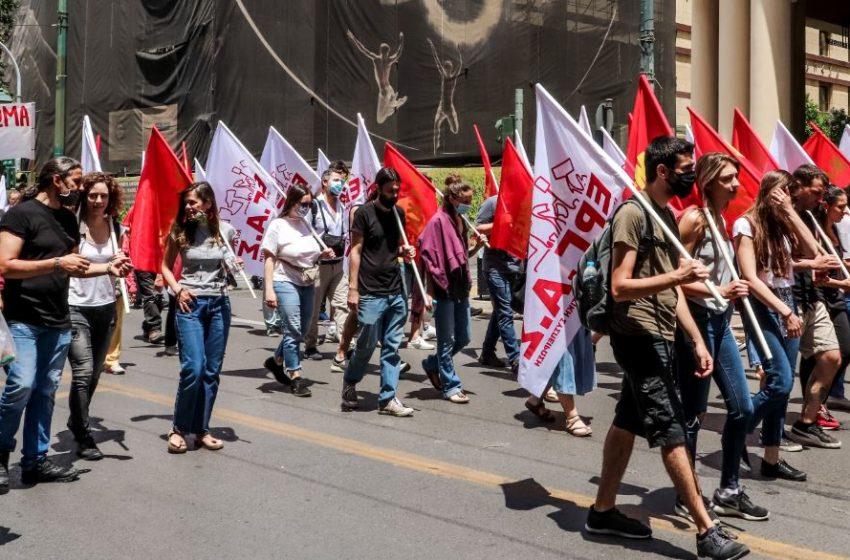 ΑΔΕΔΥ: Μεγαλειώδης η συμμετοχή των εργαζομένων στην απεργία και στα συλλαλητήρια