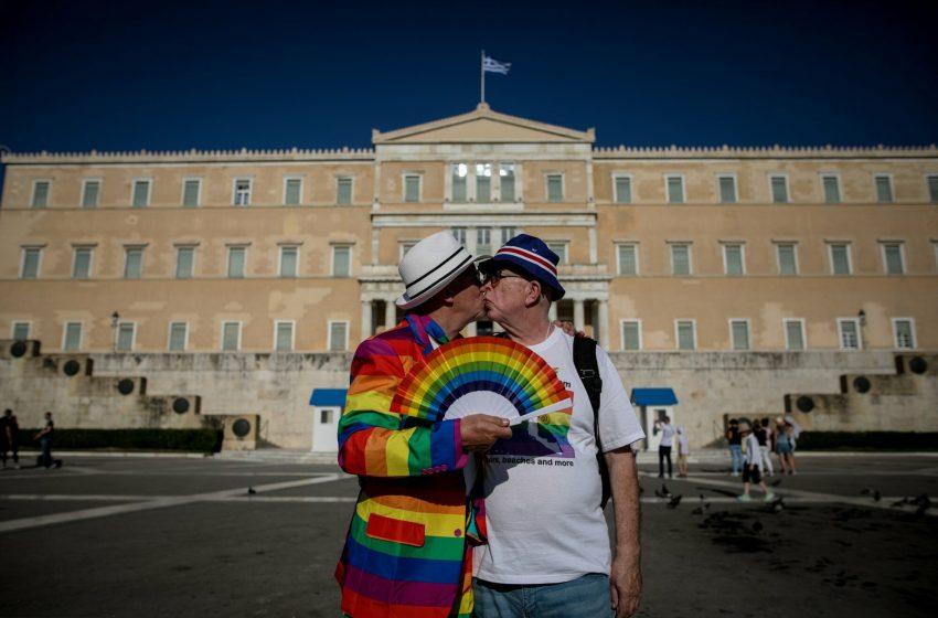 Στροφή Μητσοτάκη για τους ΛΟΑΤΚΙ μετά την πρόταση ΣΥΡΙΖΑ- Ο ρόλος Σισιλιάνου και Μπογδάνου- Οι αντιδράσεις της σκληρής δεξιάς-Το παρασκήνιο