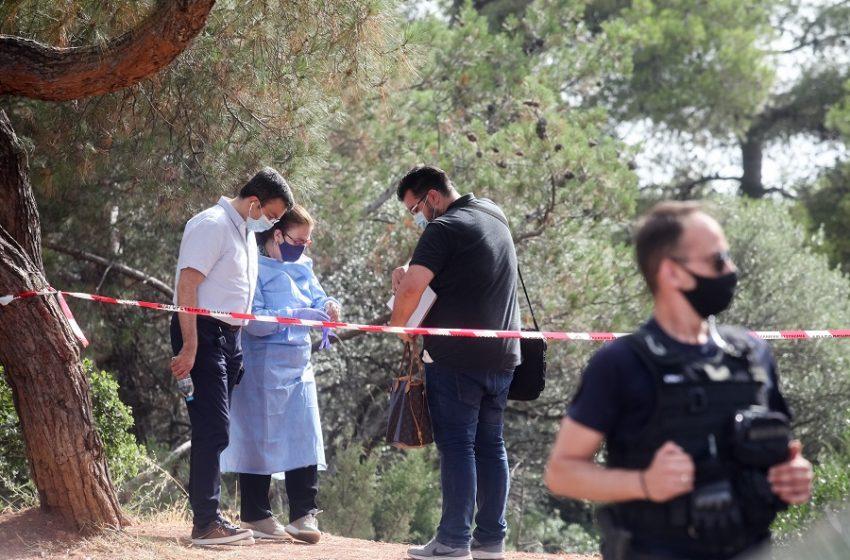 Αυτοκτονία Δογιάκη: Τα ερωτήματα που θέτει ο αδελφός του και οι πληροφορίες για τις σχέσεις με τον δολοφόνο της Καρολάιν