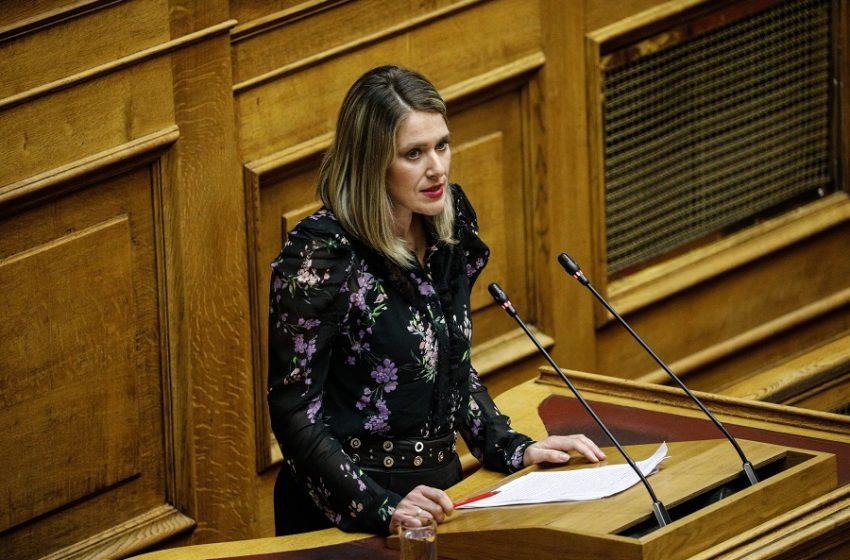 Βουλή – εργασιακό νομοσχέδιο: Νέες βολές εκ των έσω – Τι είπε η Άννα Ευθυμίου