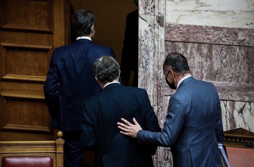 """Παρασκήνιο: Ο Χρυσοχοΐδης στο… στόχαστρο του Μαξίμου – """"Οι εκτελέσεις μέρα-μεσημέρι είναι μια εικόνα προβληματική"""""""