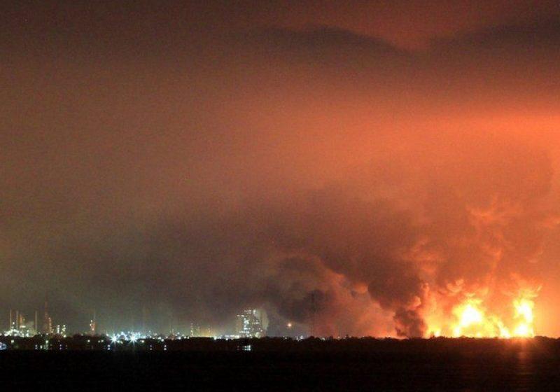 Ιράν: Τεράστια πυρκαγιά σε διυλιστήριο της Τεχεράνης