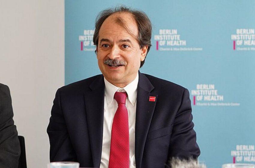 """Καθηγητής Ιωαννίδης: """" Επιστήμονες μου έλεγαν """"εάν βγω να μιλήσω θα με καταστρέψουν"""""""