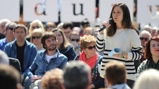 """Ιόν Μπελάρα: Ποια είναι η ψυχολόγος που αντικαθιστά τον Ιγκλέσιας στους """"Podemos"""""""