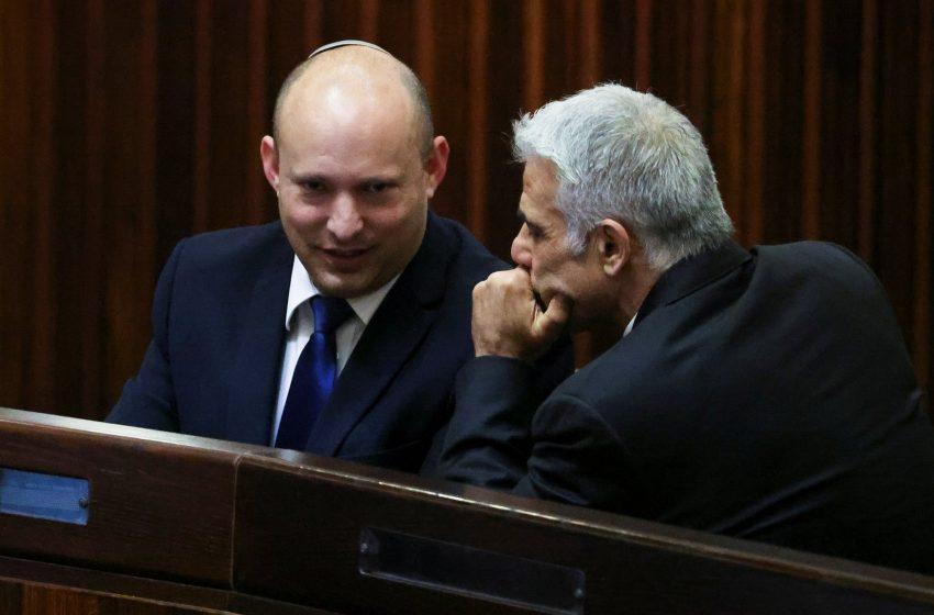 Ιστορική αλλαγή σελίδας στο Ισραήλ – Λαπίντ και Μπένετ συμφώνησαν για σχηματισμό κυβέρνησης