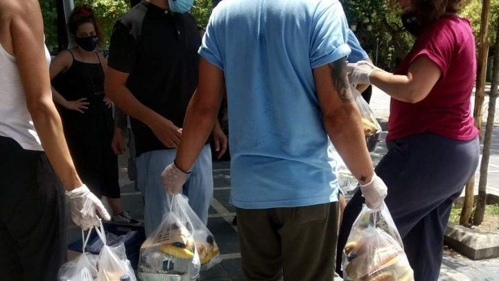Φαγητό σε άστεγους και άπορους από το ΚΕΘΕΑ με αφορμή την Παγκόσμια Ημέρα κατά των ναρκωτικών