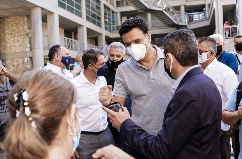 Αλαλούμ: Το μεσημέρι ανακοίνωσαν εμβολιασμούς στην παραλία …το απόγευμα το πήραν πίσω