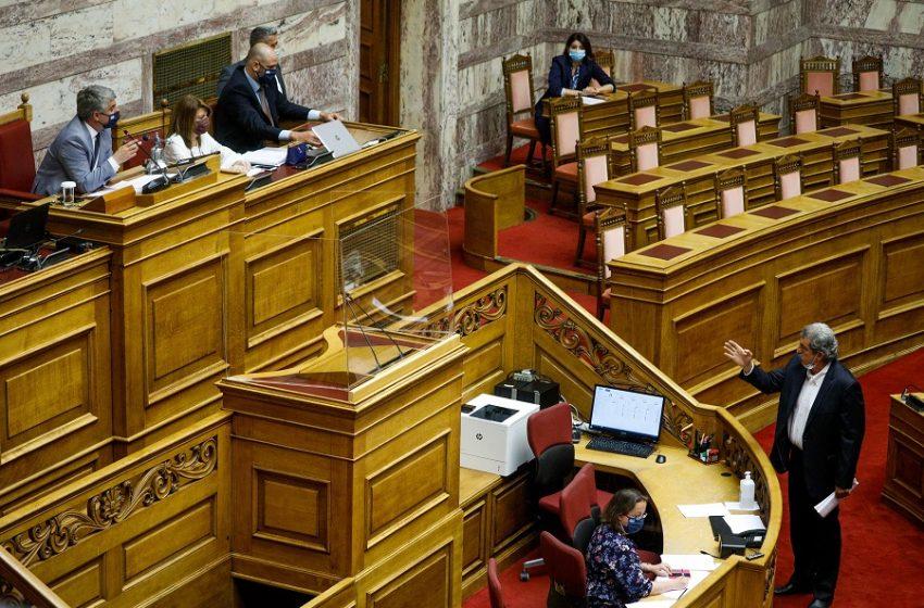 """Ο Κωνσταντινόπουλος """"ταύτισε"""" με τη Χρυσή Αυγή τον Πολάκη – Σκληρή απάντηση του πρώην υπουργού (vid)"""
