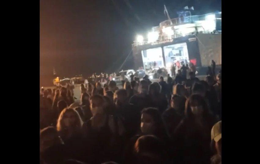 Συνελήφθη καπετάνιος για υπεράριθμους επιβάτες σε πλοίο (vid)