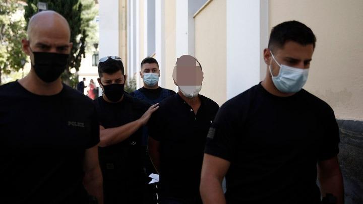 Προθεσμία για να απολογηθεί έλαβε ο Δημήτρης Λιγνάδης