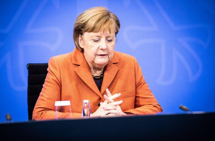 "The Times: Η Μέρκελ ""σφραγίζει"" τα σύνορα της ΕΕ για τους Βρετανούς"