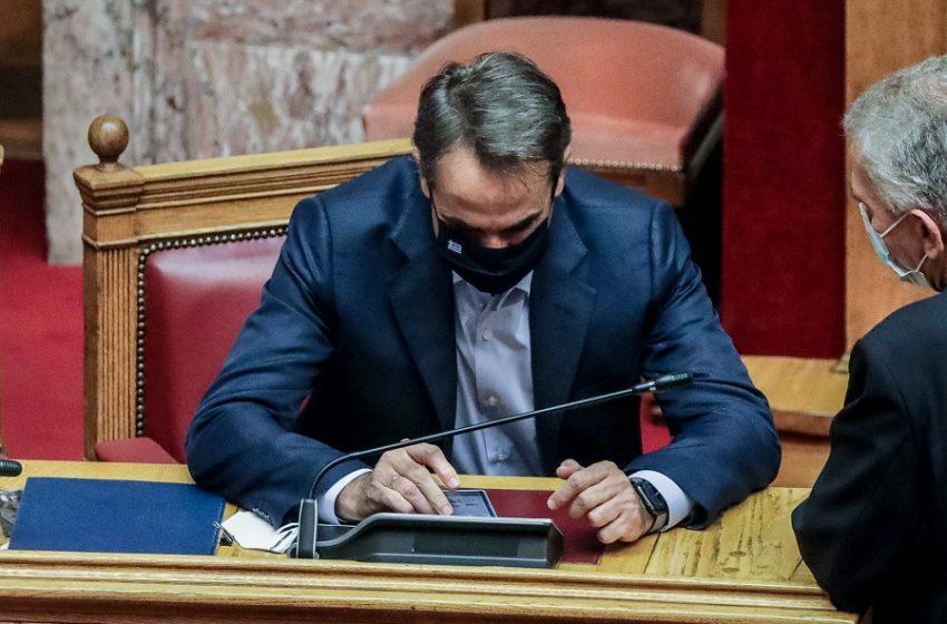 Με τις 158 ψήφους της ΝΔ υπερψηφίστηκε το εργασιακό νομοσχέδιο – 142 Όχι από την αντιπολίτευση