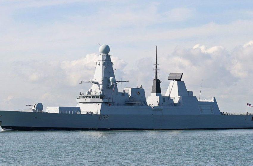 Μαύρη Θάλασσα: Προειδοποιητικά πυρά κατά βρετανικού πλοίου από ρωσικό σκάφος
