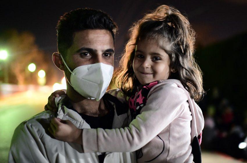 Ξεκινούν την Πέμπτη οι εμβολιασμοί προσφύγων στην ενδοχώρα