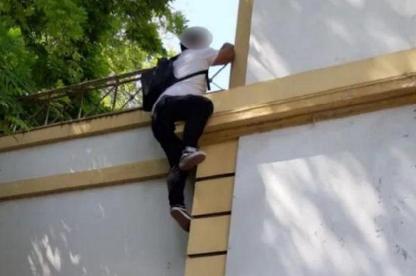 Ρόδος: Ιδιοκτήτης καταστήματος απειλεί να αυτοκτονήσει στο Πρωτοδικείο