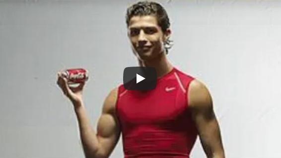 Ο Ρονάλντο μας μπέρδεψε… του αρέσει ή όχι η Coca Cola; (vid)
