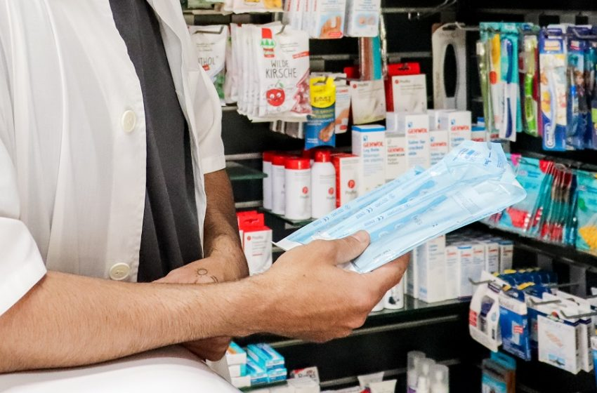 Φαρμακοποιοί Θεσσαλονίκης: Τι λένε για την απόφαση να μη δίνουν πλέον self test