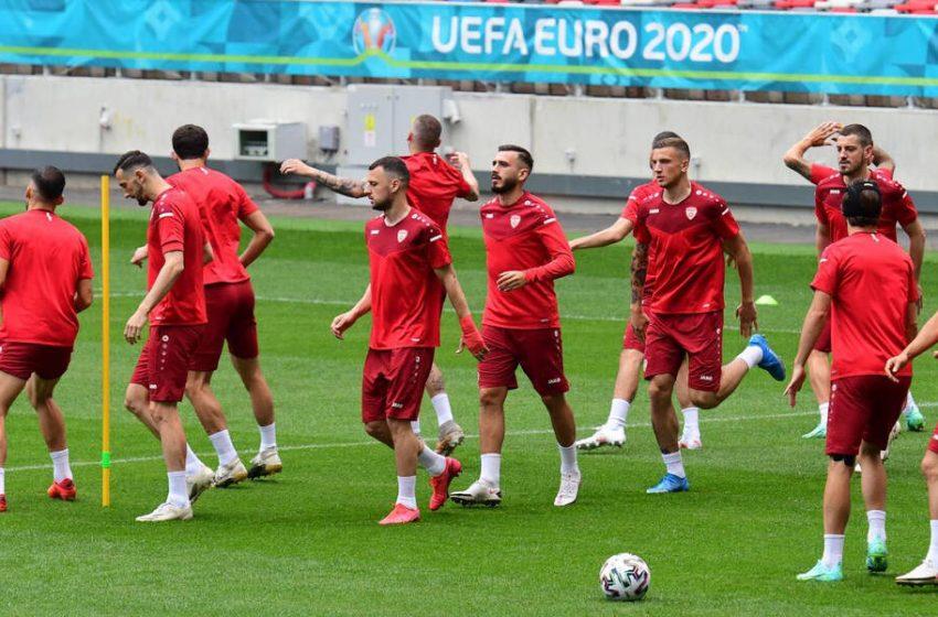 EURO: Αντιδράσεις της Αθήνας για το Μακεδονία στις φανέλες των ποδοσφαιριστών – Δεν εφαρμόζεται η Συμφωνία των Πρεσπών