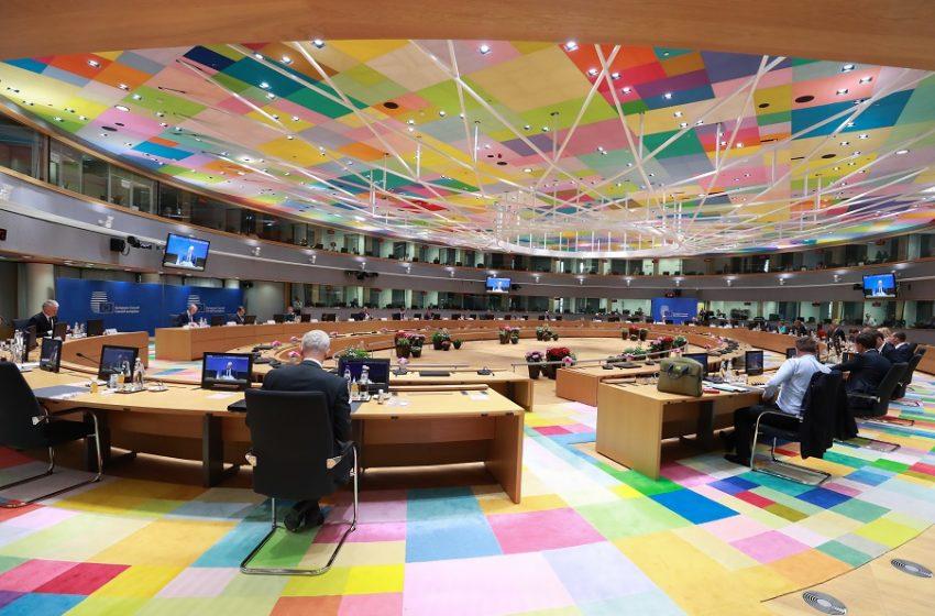 Διχασμένη η ΕΕ στη σύνοδο των 27 – Ο Όρμπαν και οι σχέσεις με τη Ρωσία