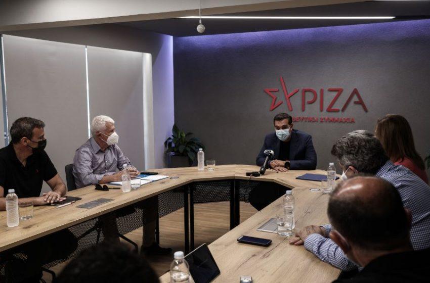 Τσίπρας σε ΑΔΕΔΥ: Η κυβέρνηση θέλει να καταλύσει το δημοκρατικό και κοινωνικό κεκτημένο της Μεταπολίτευσης