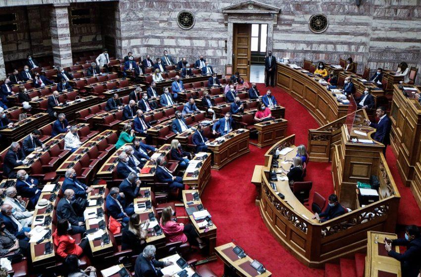 Μετωπική με άρωμα πρόωρων εκλογών – Κατάθεση πολιτικής πλατφόρμας από Μητσοτάκη – Τσίπρα