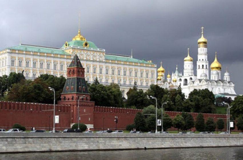 Κρεμλίνο: Εσκεμμένη πρόκληση το περιστατικό με το βρετανικό αντιτορπιλικό