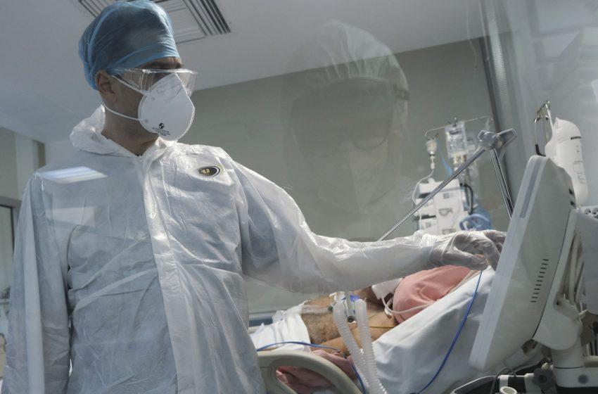 2.696 νέα κρούσματα κοροναϊού, 9 θάνατοι, 157 διασωληνωμένοι
